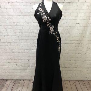 7e5f893830b30 Morgan   Co Formal Long Black Halter Dress